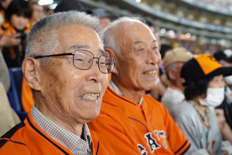 70年来の大親友と、童心にかえって野球観戦に行きたい