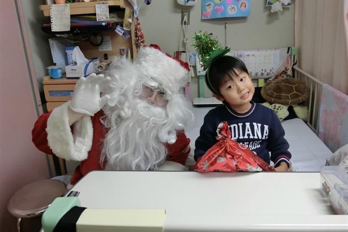 サンタさんと子ども①