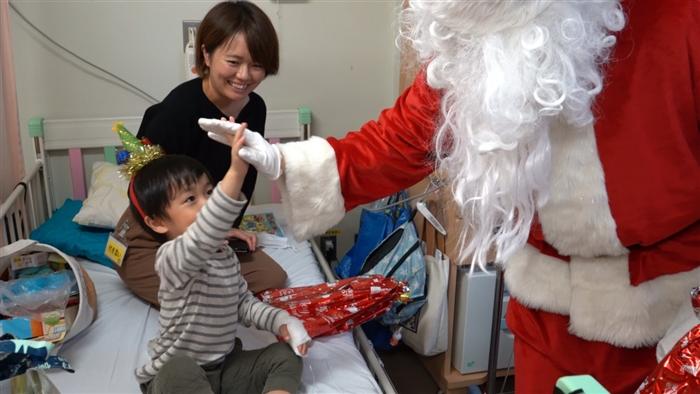 サンタさんと子ども④