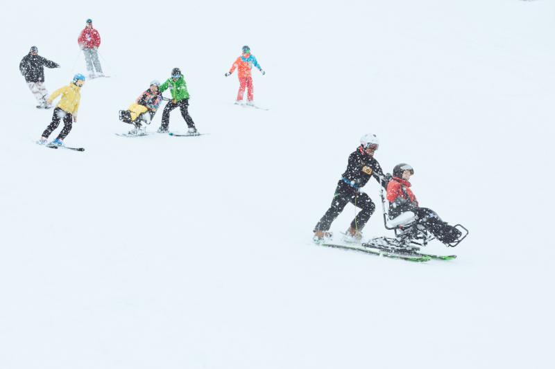 雪山のデュアルスキー