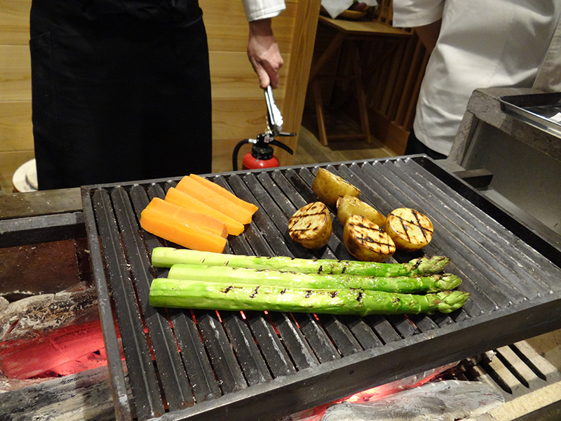 素材の美味しさを最大限に引き出す、シンプルで洗練された料理